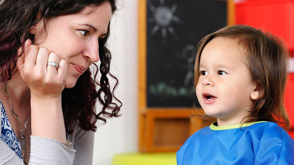 خوب گوش دادن به کودکان، وظیفه ای حساس