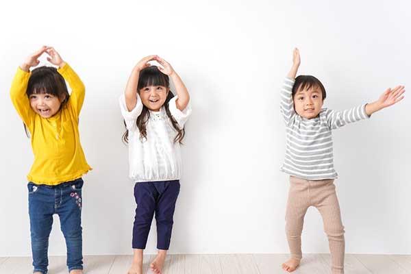 چگونه کودکان را به ورزش عادت دهیم